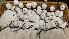 Pikku Kakkosen ilmeikkäitä askarteluja syksyisiin halloween-juhliin   Pikku Kakkonen   Lapset   yle.fi Snoopy, Fictional Characters, Fantasy Characters