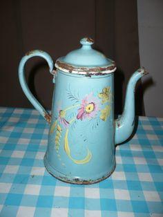 Cafetière EN Tôle Émaillée Bleue À Décor DE Marguerite Émail Épais ET Relief | eBay