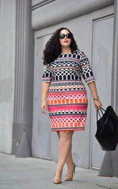 Curvy Style Inspiration: Pattern play all (work) day in a printed dress, perfect for the office.