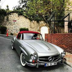 "Gefällt 2,888 Mal, 26 Kommentare - Vintagecardreams (@vintagecardreams) auf Instagram: ""Mercedes Benz 190 SL Roadster . . Photo by @atiloche . . . #mercedes #roadtrip #car #carlove…"""