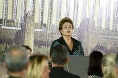 Dilma pede colaboração das Forças Armadas para um país mais justo e democrático