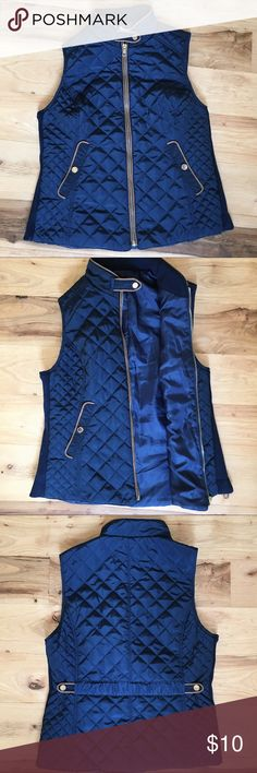 Navy Bubble Puffer Vest This super cute and stylish navy vest with gold detailing is in great new condition! Comment if you have any questions! Jackets & Coats Vests