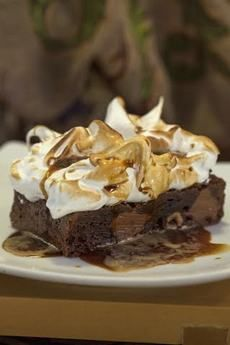 Brownie Meringue with Espresso