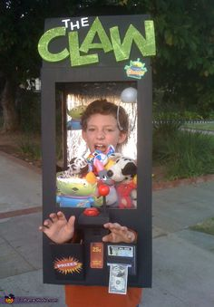 """The Claw"" Halloween Costume from Toy Story 3 #Disney #Halloween #costume"