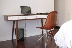 World Market is another stuff to get some minimalist furniture. http://ift.tt/2llM8T2