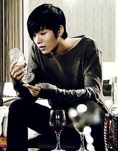 no min-woo Asian boy (Ryuu)