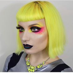 ⚡️ @pennold is a futuristic space doll in #sugarpill ElektroCute neon pigments, Bulletproof eyeshadow and Lullaby false eyelashes!