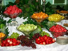 Fruit Salad Bar – I love the idea of individually serving each fruit instead of just one big fruit salad (pic only)