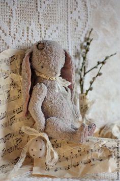 Купить Пасхальная заинька - бледно-сиреневый, Пасха, пасхальный сувенир, пасхальный подарок, пасхальный декор,Easter bunny, Easter, подарок на Пасху, teddy bunny