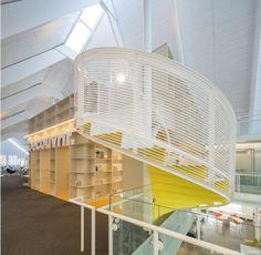 *교회에서 도서관으로 리노베이션 하다 [ Dan Hanganu and Côté Leahy Cardas ] Quebec church transformed into a library
