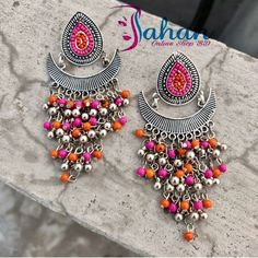 Building a Jewelry Wardrobe: A Woman's Guide to Seven Jewelry Must-Haves Head Jewelry, Jewelry Design Earrings, Tassel Jewelry, Designer Earrings, Fashion Earrings, Fashion Jewelry, Stone Earrings, Jewlery, Silver Jewellery Indian