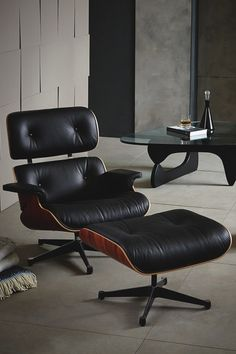 Famous Charles Eames chair replica, almost the same...