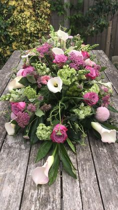 Casket Flowers, Funeral Flowers, Funeral Floral Arrangements, Flower Arrangements, Grave Decorations, Casket Sprays, Funeral Tributes, Pretty Roses, Spray Roses