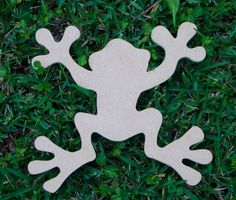 Unfinished Tree Frog Mosaic Base or Craft Shape Mdf Wood Cut out by zzbob on Etsy https://www.etsy.com/listing/167149127/unfinished-tree-frog-mosaic-base-or