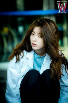 Han Hyo Joo drama W  She is so cute!!!