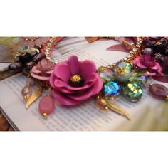Upcycled crochet statement necklace with vintage bohemian flowers... (€92) ❤ liked on Polyvore featuring jewelry, necklaces, flower necklace, vintage necklaces, vintage flower necklace, flower statement necklace and vintage choker necklace