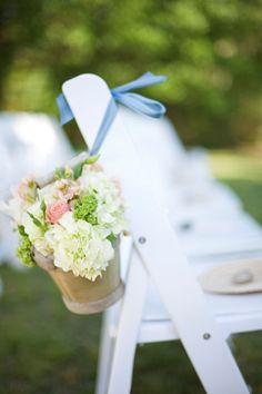 Love this idea for an outdoor wedding