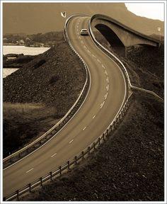 #atlanterhavsveien #atlantic road #bridge #norway #storseisund bridge #Автобан #Автомобиль #Зигзаг #Монохром #мост #норвегия #Пейзаж #Поворот #Природа #Путешествия #северо-атлантическая дорога #Транспорт Photographer: Александр Константинов