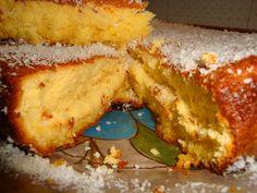 Receitas de Portugal: Bolo de laranja super fofo e delicioso Mole, Portugal, French Toast, Food And Drink, Breakfast, Sweet, 1, Spotty Dotty Cake, Powdered Sugar