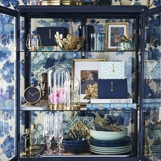 IKEA accessories - blue and gold Fabrikor Ikea, Hacks Ikea, Best Home Interior Design, Glass Cabinet Doors, Art Deco, Dining Room Bar, Home Decor Inspiration, Decoration, Home And Living