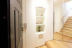 Corredores, halls e escadas Moderno por Modularis Progettazione e Arredo - homify / Modularis Progettazione e Arredo