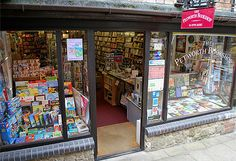 The Petworth Bookshop is the latest incarnation in a long-running tradition of independent bookselling in the beautiful market town of Petworth. Situated in the Old Bakery, adjacent to the car park