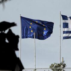 Εάν [οι εταίροι μας] πιστεύουν ότι η Ελλάδα θα επιτύχει πρωτογενές πλεόνασμα 5,6 δισ. ευρώ φέτος και 9 δισ. ευρώ το 2016, είναι βαθιά νυχτωμένοι. Δεν είναι όμως. Το παραδέχονται και οι ίδιοι στις κατ' ιδίαν συζητήσεις, με «κλειστές κάμερες», αλλά δείχνουν εγκλωβισμένοι να το ομολογήσουν ανοιχτά και να παραδεχτούν το λάθος που πρέπει να διορθωθεί.