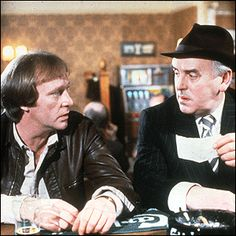 Dennis Waterman (as Terry McCann) and George Cole (as Arthur Daley) in 'Minder' 1980s Tv Shows, Old Tv Shows, V Drama, British Comedy, British Sitcoms, Vintage Television, Uk Tv, Television Program