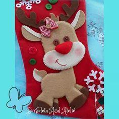 Felt Christmas Stockings, Felt Christmas Ornaments, Christmas Holidays, Christmas Wreaths, Christmas Crafts, Christmas Decorations, Christmas Themes, Felt Crafts, Diy And Crafts