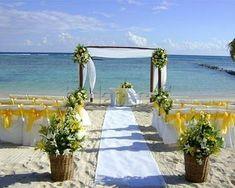 26 ideas originales para decorar un altar de boda | Bohemian and Chic