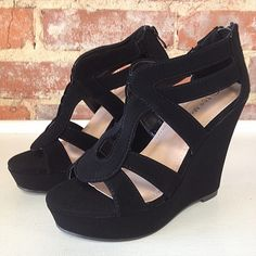 Black wedge sandals. Party, prom, or wedding? Perfect shoe for all occasions!