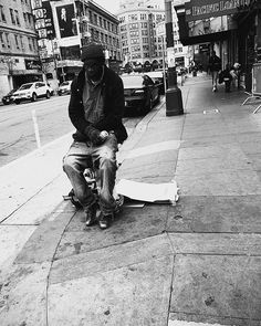 #cinqmars #sfo #streetphotography #blackandwhite #bnw Street Photography