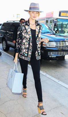 Rosie Huntington-Whiteley's Smart Airport Uniform via @WhoWhatWear