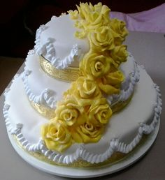 Cascatas de rosas amarelas