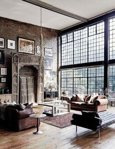 A wonderful style so inviting! Mix old with used old stuff