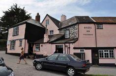 Bridge Inn, Topsham, Devon - Queen's first ever pub (visited Many many wee rooms. British Pub, Great British, British Isles, Travel Around The World, Around The Worlds, Exeter City, Travel English, Pubs And Restaurants, Pub Bar