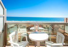 Hotel RH Gijon - Vista desde terraza Exterior, Patio, Outdoor Decor, Home Decor, Ocean Views, Cozy, Hotels, Terrace, Trendy Tree