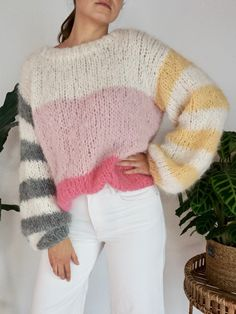 Knitting Designs, Knitting Patterns Free, Knit Patterns, Crochet Jacket, Knit Crochet, Oversize Pullover, Jeans With Heels, Mohair Sweater, Knit Fashion