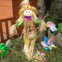 scarecrow childrens garden decor - lylia rose lifestyle uk blogger