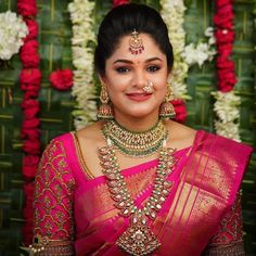 South Indian Wedding Saree, Indian Wedding Jewelry, South Indian Bride, Gold Jewellery Design, Gold Jewelry, India Jewelry, Bead Jewellery, Temple Jewellery, Bridal Jewellery