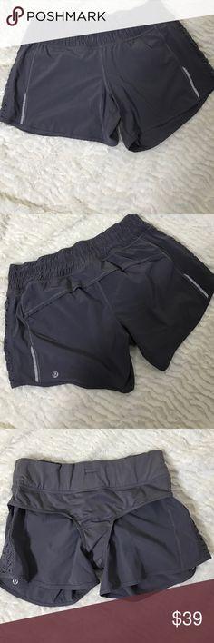 Women Gray Lululemon Workout Yoga Speed Shorts-S 8 Women's Gray Lululemon Workout Yoga Speed Shorts-Size 8 lululemon athletica Shorts