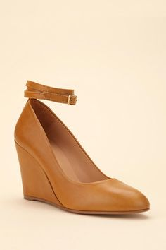 Whyred Thulin Ankle-Wrap Wedge    $329.00