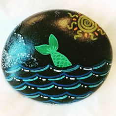 "36 Likes, 1 Comments - Jenevere Rocks (@jenevererocks) on Instagram: ""#paintedrocks #rockart #rockpainting #paintedstones #stoneart #stonepainting #stones #rock #mermaid…"""