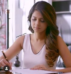 Maya Beyhadh, Angry Girl, Jennifer Winget Beyhadh, Indian Wedding Hairstyles, Smart Girls, Office Looks, Celebs, Celebrities, Picture Poses