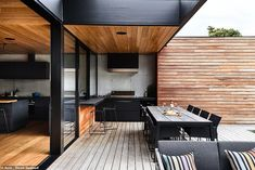 Gallery of DS House / Planned Living Architects - 3 - House Architecture Outdoor Kitchen Design, Patio Design, Indoor Outdoor Kitchen, Terrace Design, Outdoor Kitchens, Outdoor Cooking, Outdoor Rooms, Outdoor Seating, Outdoor Living Areas