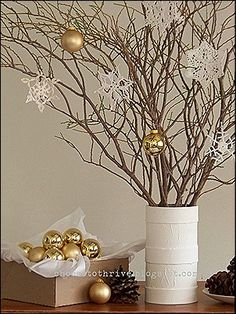 DIY Christmas Center Pieces - so easy and cute!