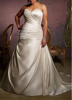 Gorgeous Satin Princess Strapless Sweetheart Neckline Plus Size Wedding Dress With Lace Appliques,Beadings and Manmade Diamonds