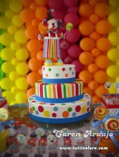 Palhacinho Carnival Birthday Parties, First Birthday Parties, 5th Birthday, First Birthdays, Birthday Cake, Circus Wedding, Circus Party, Bolo Fack, Carnival Cakes