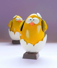 Baby chicks for Easter from Ecole Chocolat graduate Giorgio Demarini of Roselen Chocolatier Easter Chocolate, Baby Chicks, Food Design, Chocolate Recipes, Piggy Bank, Easter Eggs, Design Inspiration, Crafts, Guys