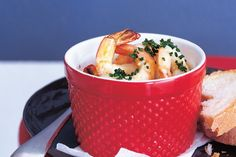 These beautiful prawns with their rich garlic flavour are simply irresistible.